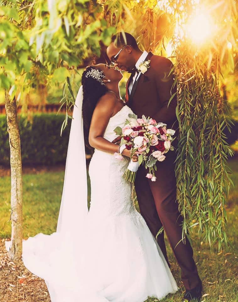 avalon wedding couple sunset